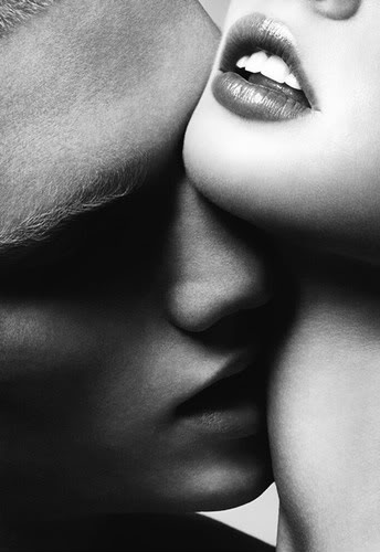 Exy-couple-woman-man-kiss-blackwhite-gens-love-x-amor-soft-couples-kissing-niki-gostaffo-pic-couples-love-men-chennys-2-various-scott-sex-1